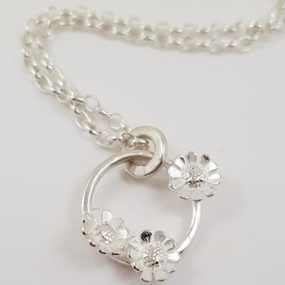 pretty flower pendant gardener flower